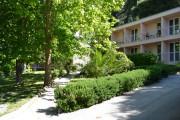 OMIS-hotel-Brzet-Chorvatsko-CKJiNA-02